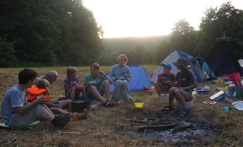 Lager am Dreiecksfelsen - Abendessen 16