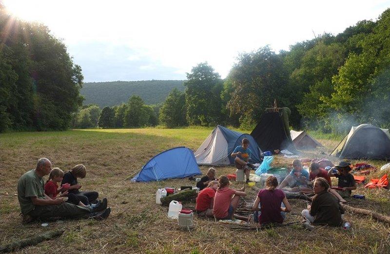 Lager am Dreiecksfelsen 10
