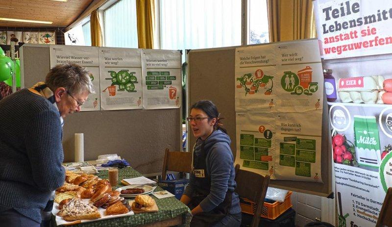 Infomesse - Stand Lebensmittel teilen 2