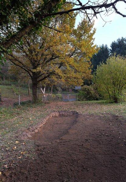 Graben für Steinschüttung 1