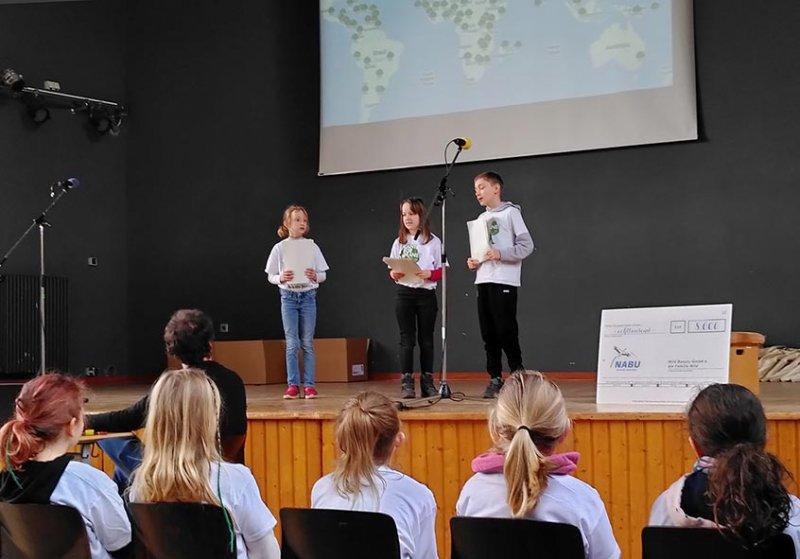 Startprogramm-04-Rede-der-Klimabotschafter-Foto-Sabine-Durst-10x14s