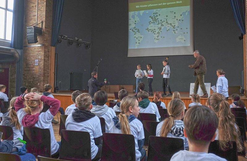 Startprogramm-06-Rede-der-Klimabotschafter-10x15s