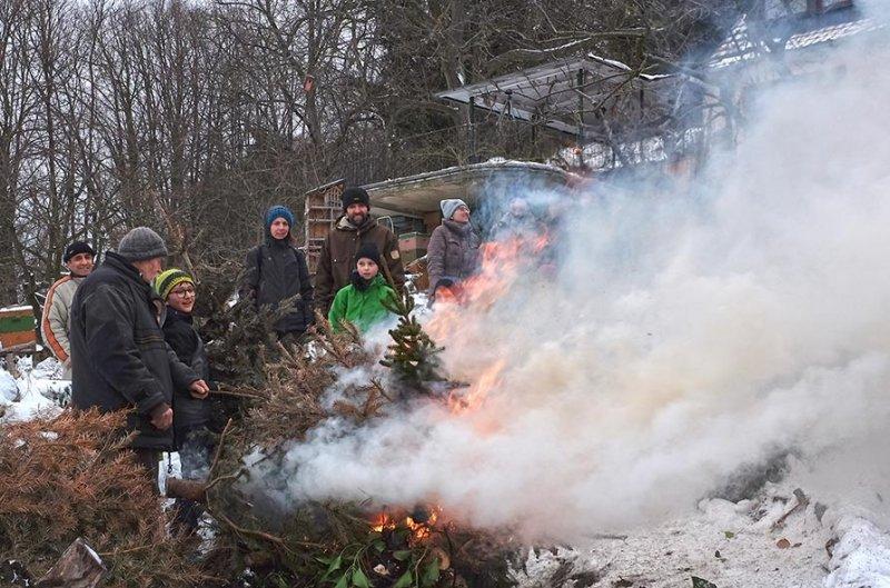 Winterverbrennung 14 10x15s