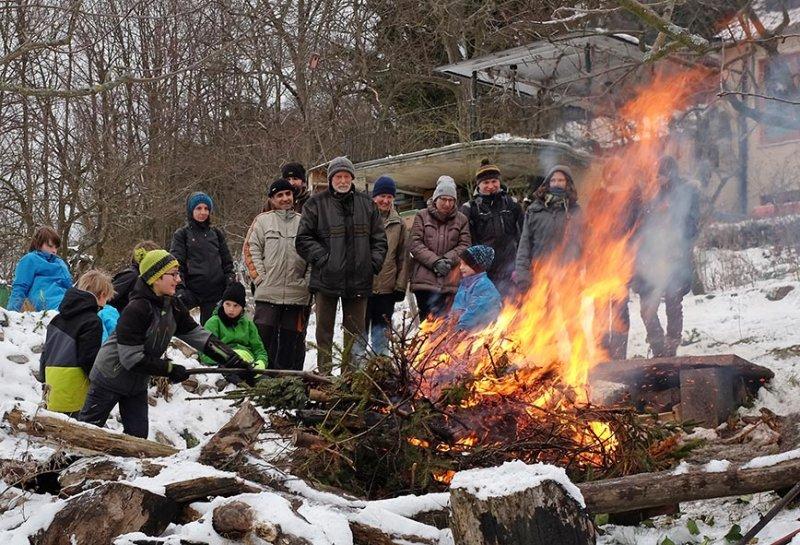 Winterverbrennung 75 10x15s