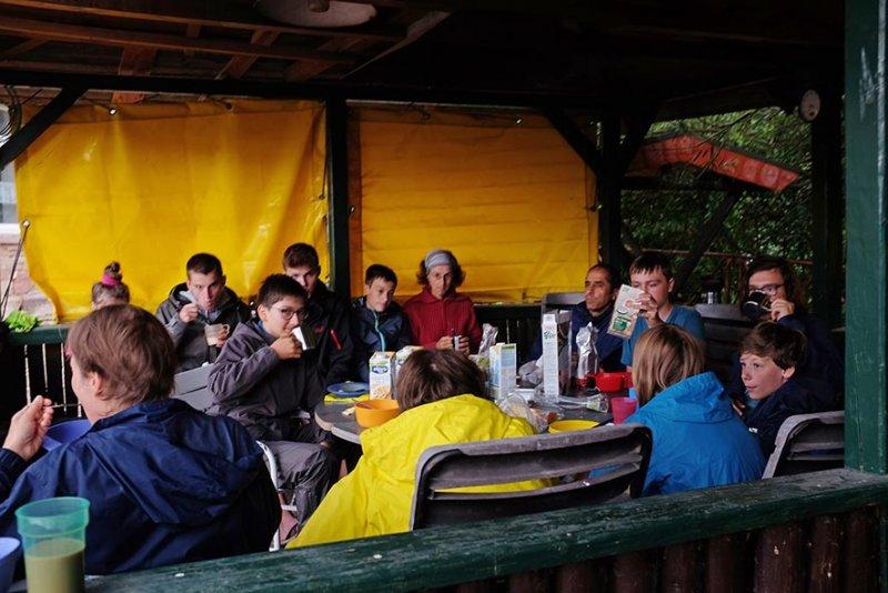 01-Frühstück-im-Reit-und-Fahrverein-Oldisleben-4-10x15s