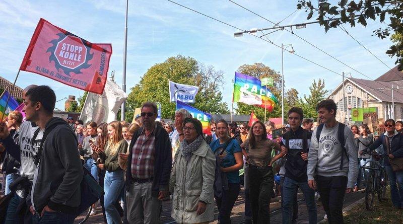 AlleFürsKlima-Demo-Darmstadt-04-10x18s