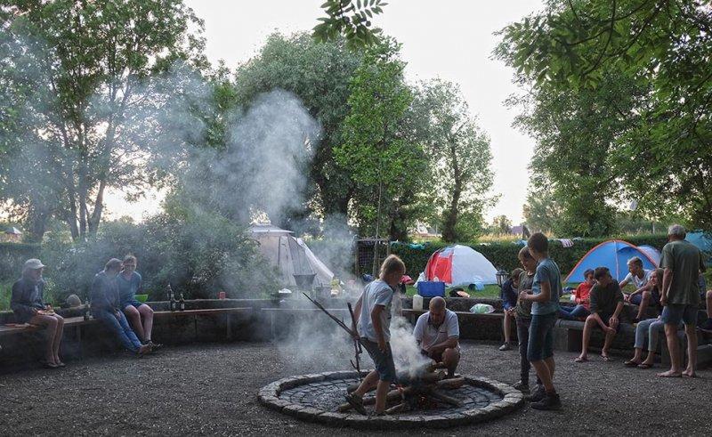 08-Abend-im-Camp-Bottendorf-03-10x16s