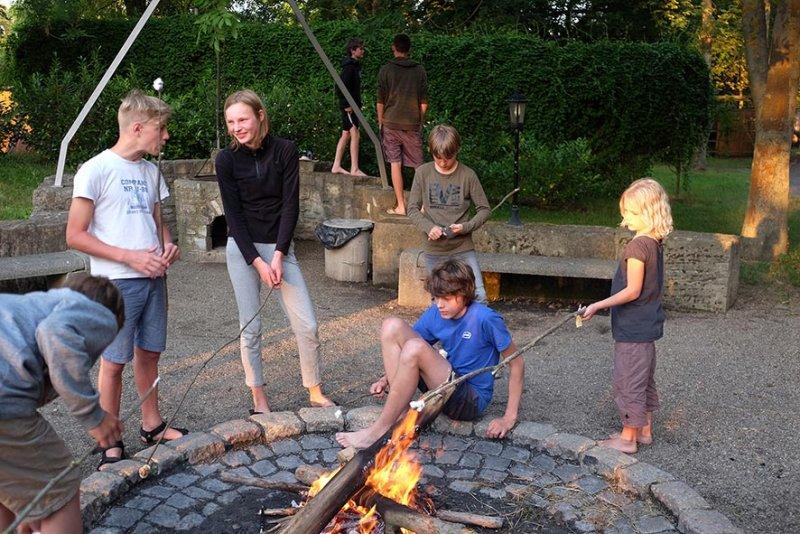 08-Abend-im-Camp-Bottendorf-09-10x15s
