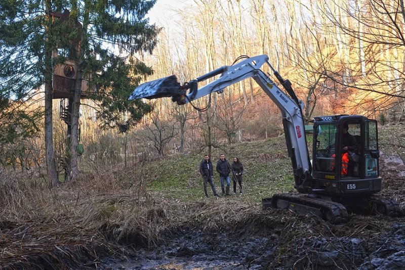 Baggereinsatz Etzwiesen 21 10x15s