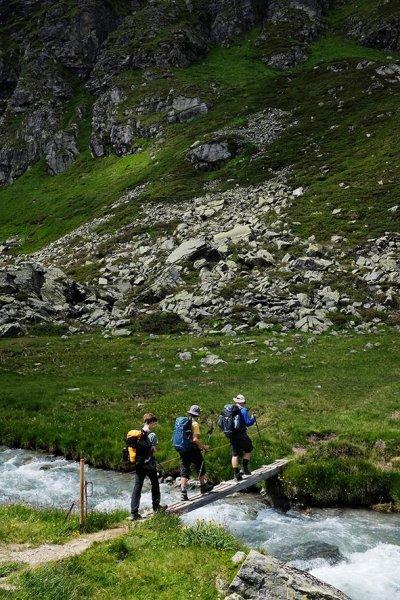 11-Aufstieg-zur-Klostertaler-Umwelthütte-03-10x15s