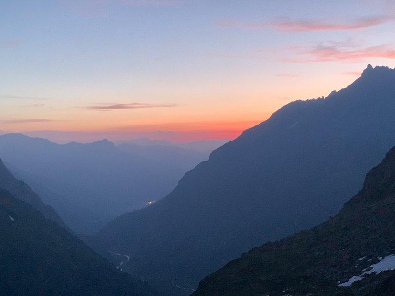 08-Abendstimmung-Silvrettahütte-04-Foto-Silas-10x13