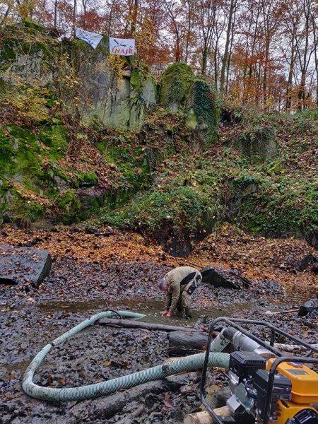 Wassersteinbruch-Abpumpen-Michael-05-10x13s