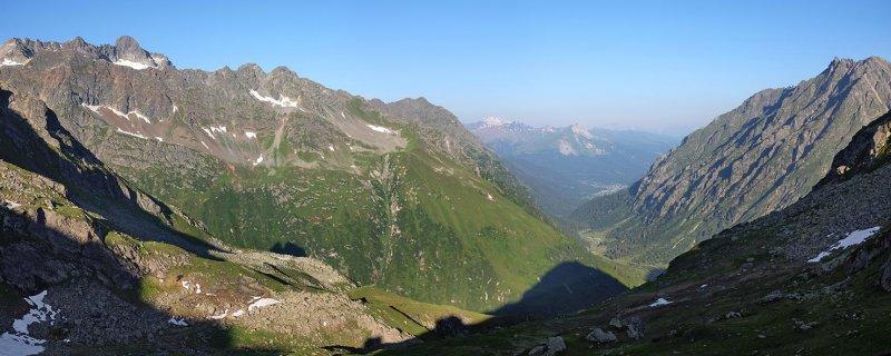 01-Morgenstimmung-Terasse-Silvrettahütte-01-10x25s