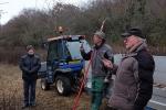 Kurs Obstsschnitt im Pfarrfeld am Seeheimer Blütenhang 09 Thomas Reinhardt und Karl-Heinz Schnaieder 10x14s