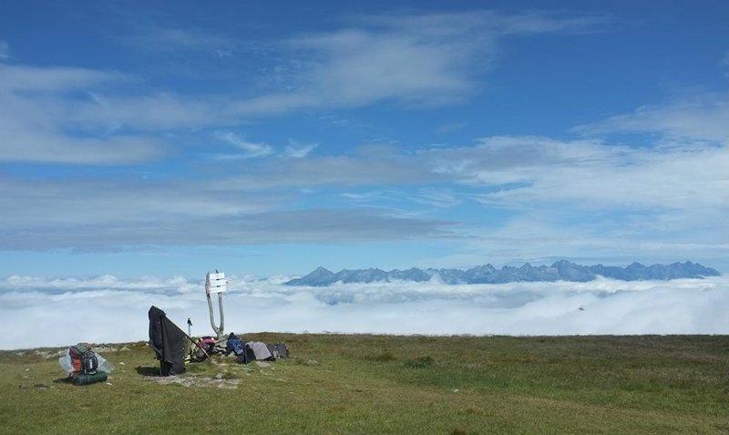 05 Nach dem Regen - Gipfel Orlova mit Blick auf Hohe Tatra