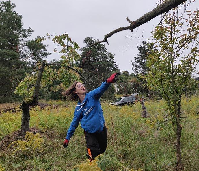 04-Einsatz-Bienenweide-Baumschutz-04-10x13s