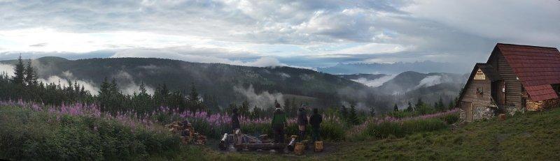 10 Regenzeit an der Hütte
