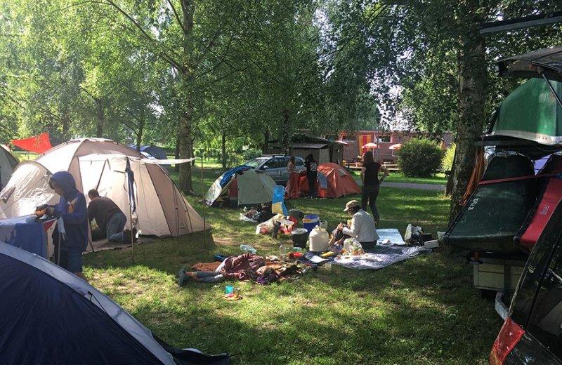 2 Frühstück Campingplatz 5 10x15s