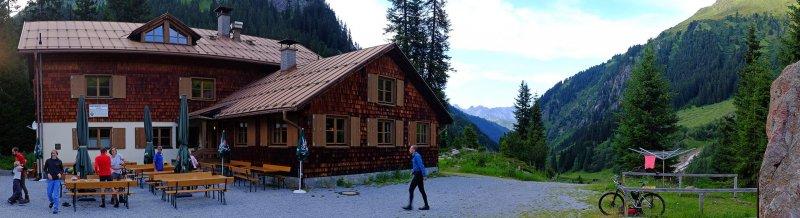 09 Konstanzer Hütte - Vorplatz 2