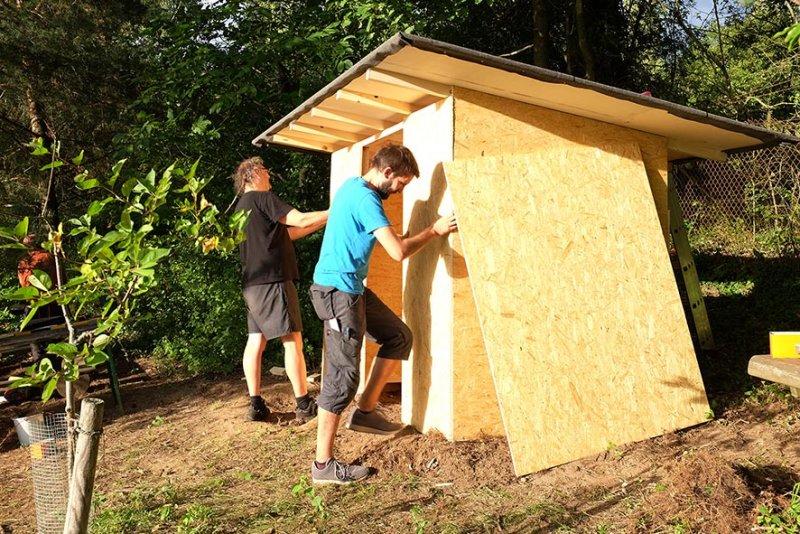 Werkzeughütte im Wühlmausgarten 09