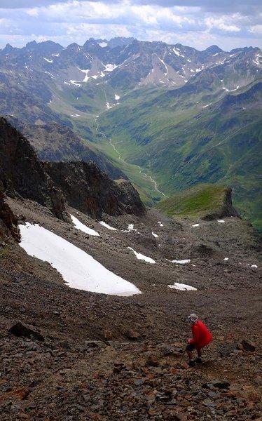 08 Abstieg vom Riflerpass im Regen