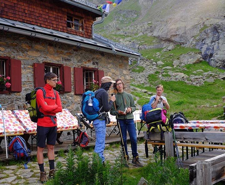 01 Aufbruch von der Edmund-Graf-Hütte 1