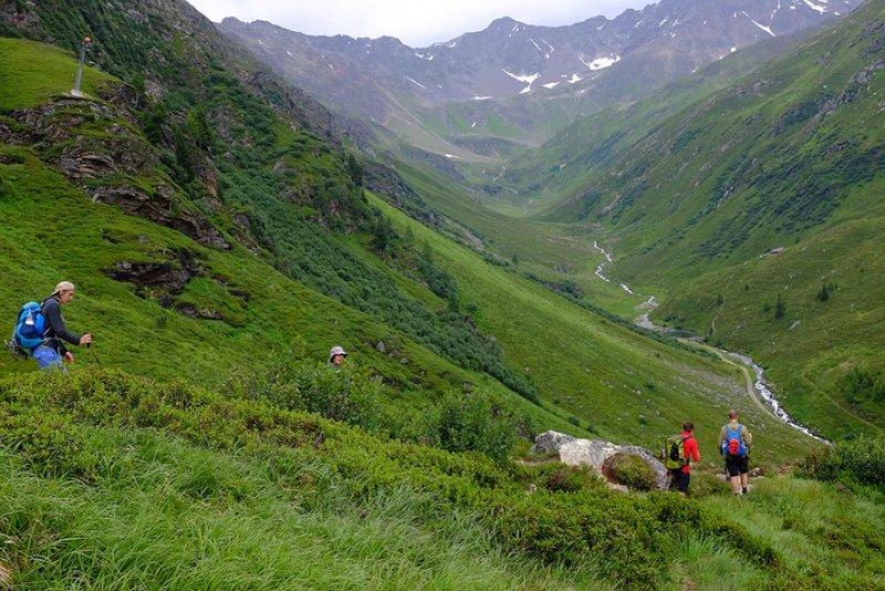 02 Abstieg nach Pettneu am Arlberg 1
