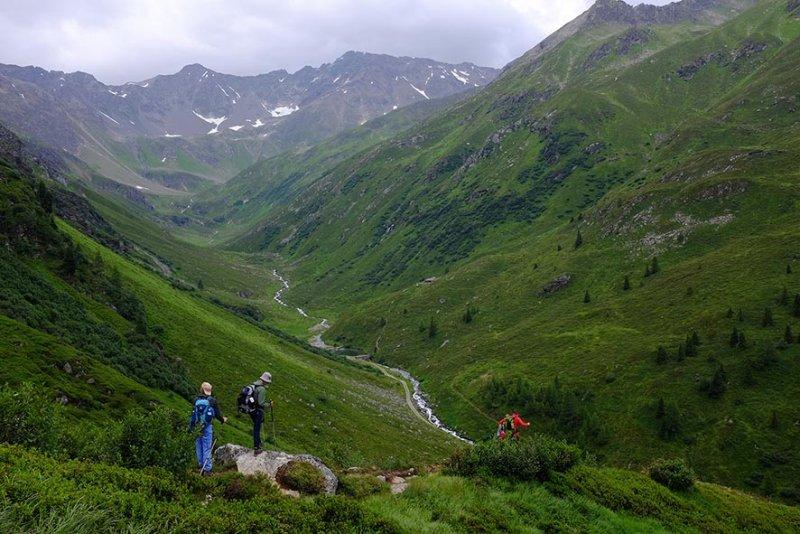 02 Abstieg nach Pettneu am Arlberg 2