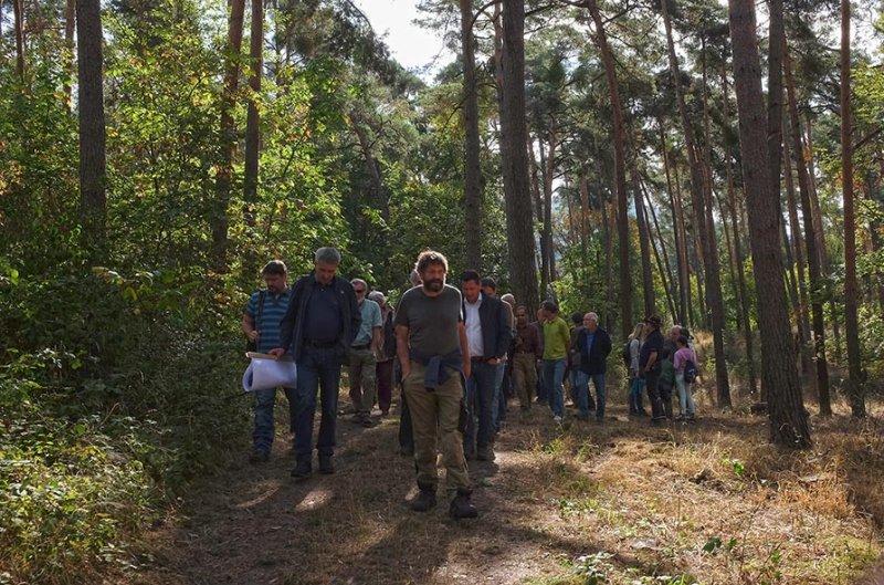 Pflegeeeinsatz im Seeheimer Wald - Marsch zum Einsatz 1 10x16s
