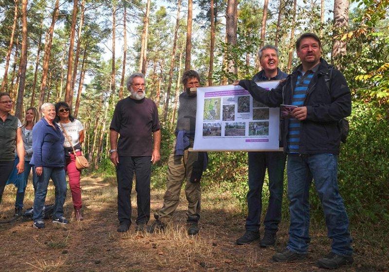 Pflegeeeinsatz im Seeheimer Wald - Rede Michael Stroh 1 10x15s
