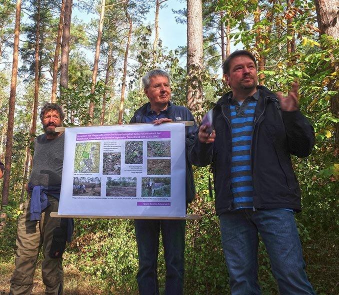 Pflegeeeinsatz im Seeheimer Wald - Rede Michael Stroh 5 10x12s