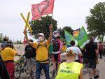 NAJUs supporten Demo Alle Dörfer bleiben